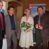 Thomas Weißenborn, MdB Klaus Barthel, Helene und Günter Tochtermann bei der Ehrung Hohe Ehrung für ein außerordentliches Engagement!